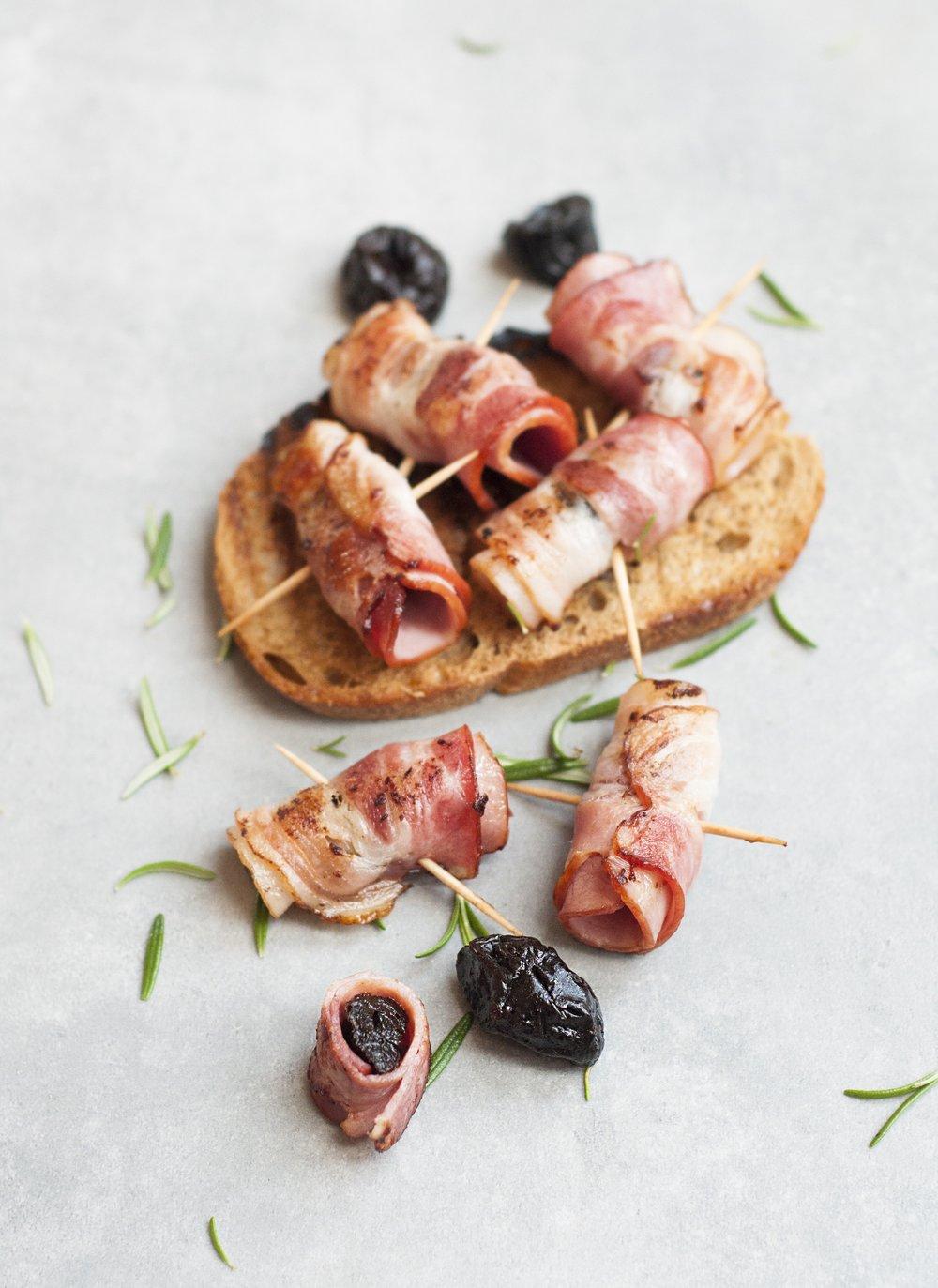 appetizer-bacon-bread-434283.jpg