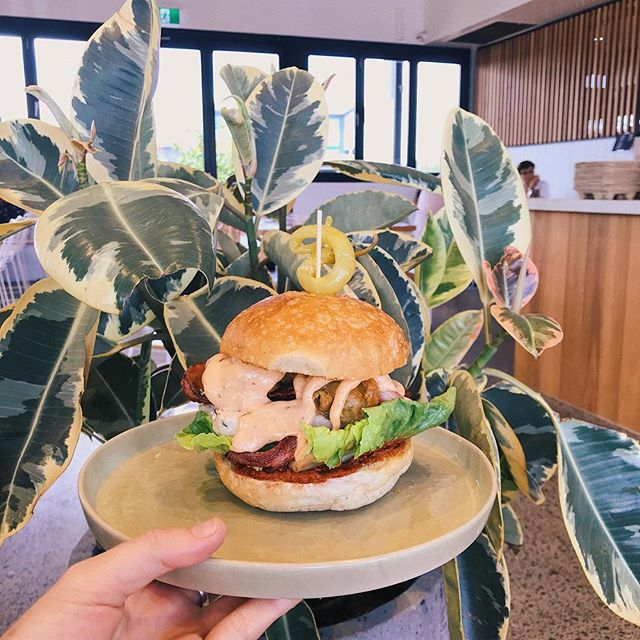 Our chook burger is seriously delicious! Don't be chicken, give it a go! 🙌🏼🍔👍🏼