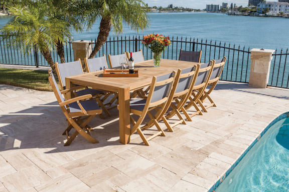 Comfort dining with sailmate chairs