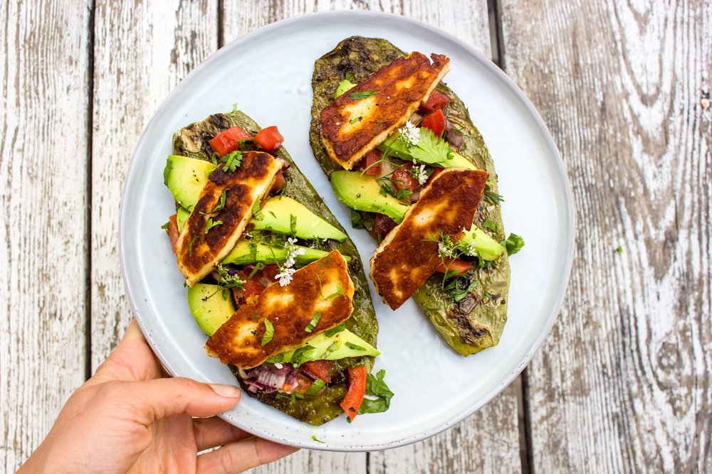 #yummy #nopalitos with #beanhummus #avocado and #halloumi