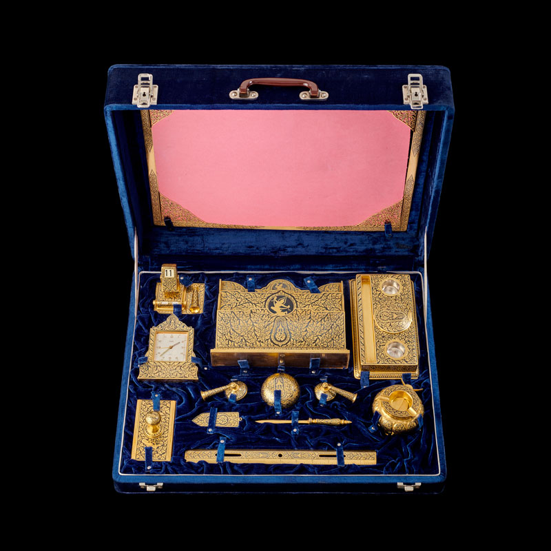 Gold Niello Desk Set Gift from King Bhumibol Adulyadej to President Dwight D. Eisenhower, 1960 35.8 x 45.7 cm Courtesy of the Dwight D. Eisenhower Presidential Library and Museum; 63-378. 1-12