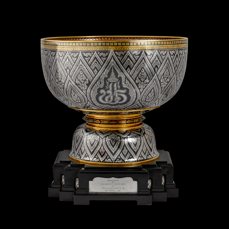 Silver Niello Bowl with Gold Trim Gift from King Prajadhipok to President Herbert Hoover, 1931 38.1 x 45.4 cm Courtesy of the Herbert Hoover Presidential Library and Museum; 65.2.35 (a-c)