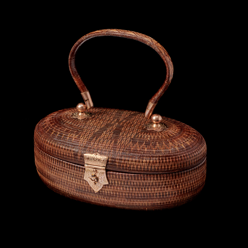 SUPPORT Foundation Yan Lipao Vine Woven Purse Gift from Queen Sirikit to First Lady Rosalynn Carter, 1979 10.2 x 20.2 x 12.7 cm Courtesy of the Jimmy Carter Presidential Library and Museum; 79.10.1