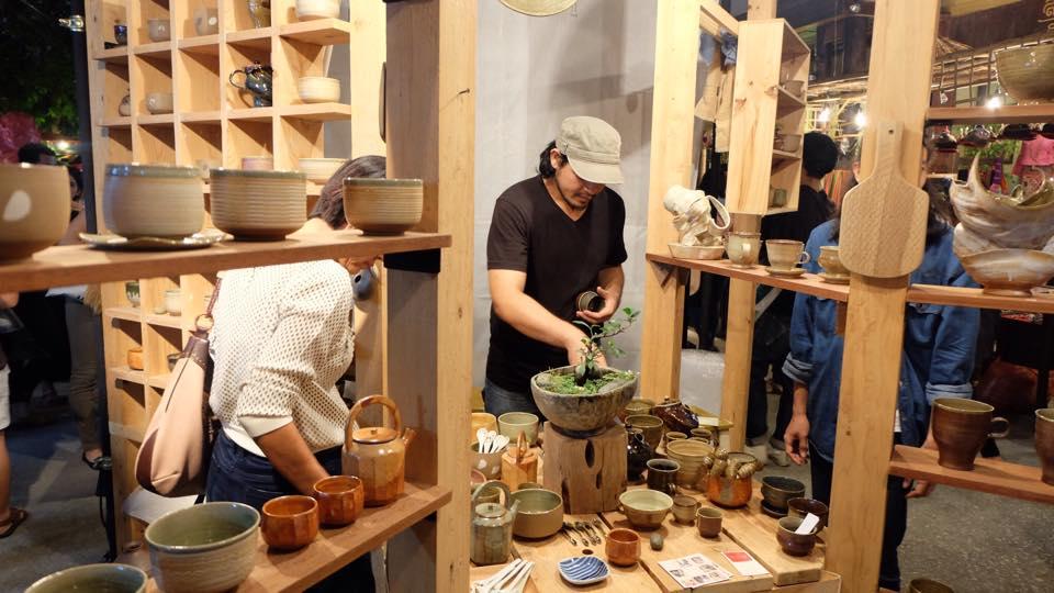 thai ceramic pots exhibition.jpg