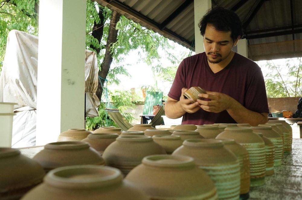 thai potter working.jpg