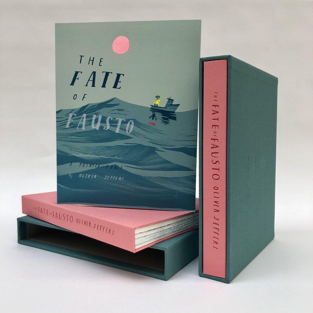 The Fate of Fausto,  Oliver Jeffers   Un livre d'artiste de 92 pages illustré de 36 lithographies originales en couleur,  imprimé et édité par Idem Paris  à 100 exemplaires sur BFK Rives 250 g. Chaque couverture est rehaussée à la gouache par l'artiste. Le livre est proposé dans un étui toilé bicolore réalisé par l'atelier Agoria à Vincennes.  Format du livre: 27,2 x 21,4 cm /Format de l'étui: 28,4 x 22 cm  Prix du livre: 2 200 euros  Dix lithographies grandes marges tirées du livre ont été éditées, ainsi qu'une lithographie additionnelle de grand format :  https://www.idemparis.com/oliver-jeffers    Pour toute information complémentaire, merci de nous contacter :    info@idemparis.com    __    The Fate of Fausto,  Oliver Jeffers   An artist book of 92 pages, illustrated of 36 original color lithographs,  printed and published by Idem Paris.  An edition of 100 on BFK Rives 250. Each cover is hand-finished with gouache by the artist. The book is enclosed in a two-tone canvas slipcase realized by the studio Agoria in Vincences.  Book size: 27,2 x 21,4 cm / Slipcase size: 28,4 x 22 cm  Price of the book: 2 200 euros  Ten lithographs with large margins from the book and a large format lithograph on stone are also available:  https://www.idemparis.com/oliver-jeffers    For any sales inquiries, please contact us at: info@idemparis.com