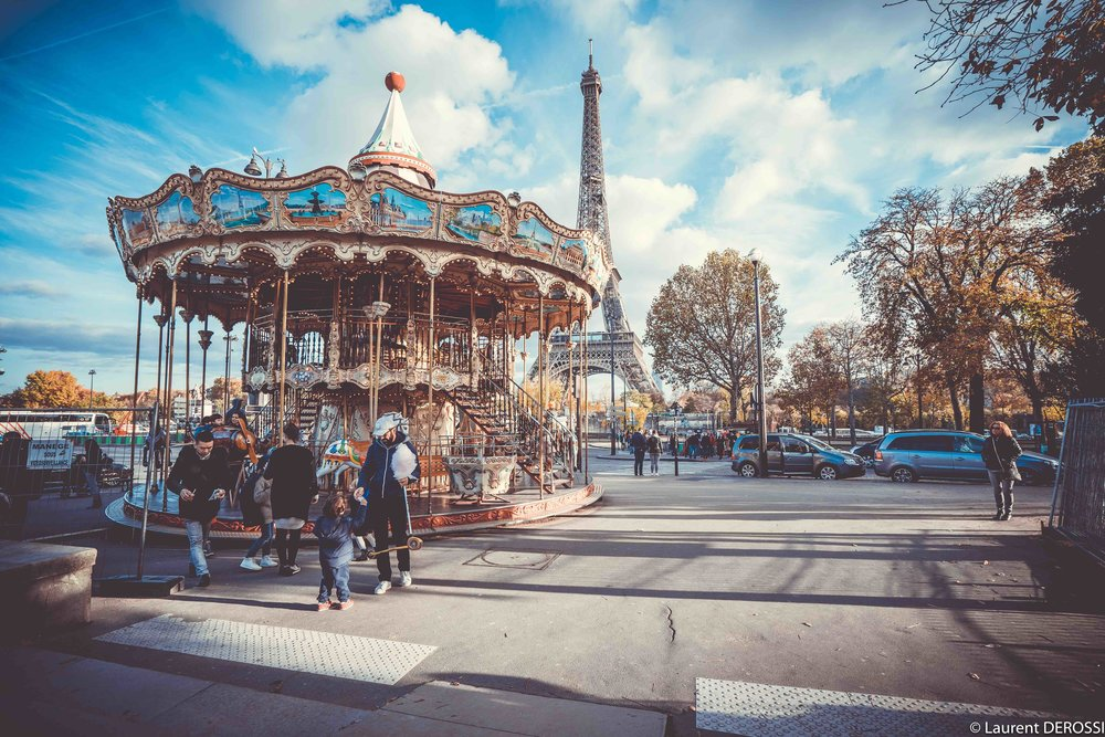 Manege-Paris-Tour-Eiffel