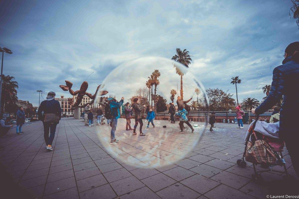 Barcelona bubble game