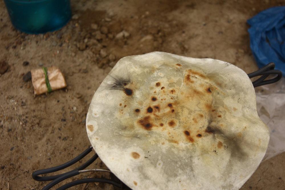 Si se puede ver Jesus en un pan tostado, entonces tambien se puede ver un pajaro en una tortilla.