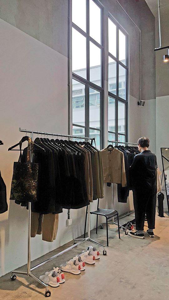 Kevin Seah Black retail space