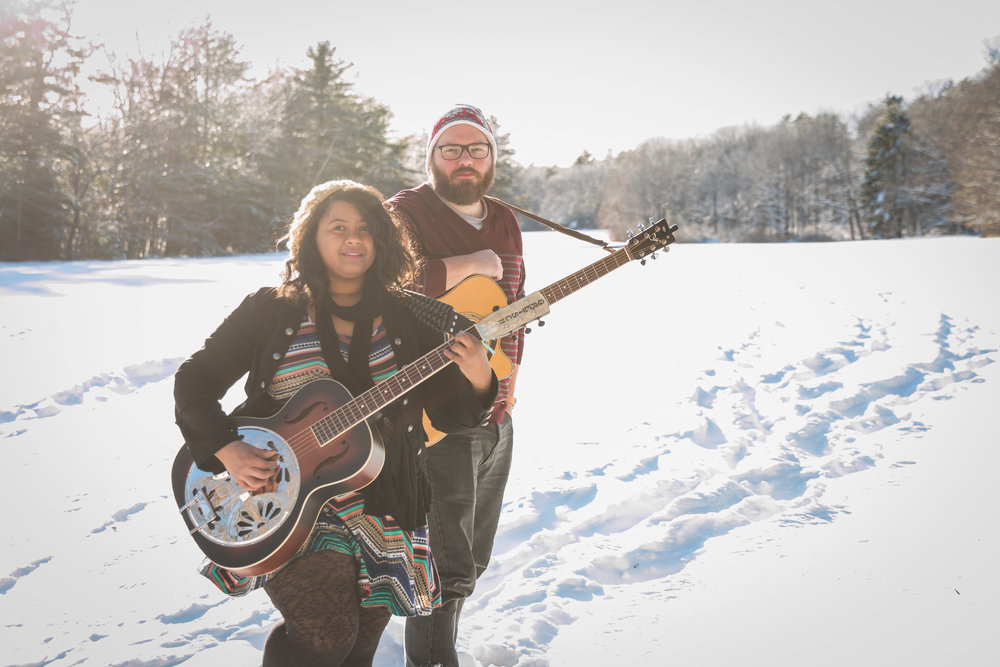 ELECTRONIC PRESS KIT - Banded Starling is a dynamic New England duo sharing poignant and catchy music. For venues, booking agents & press please view our EPK.