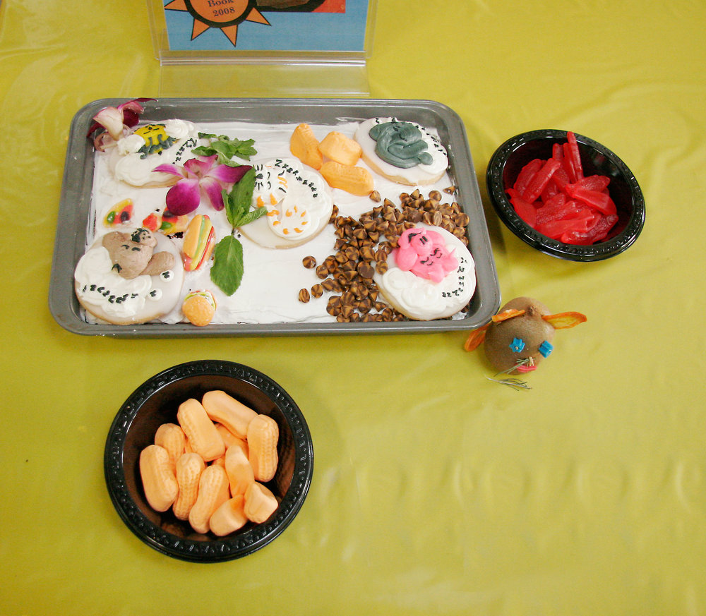 "JUDGE'S AWARD: ""Animal Dreams"" by Marcia Meyer; 2008 Edible Book Festival winner"