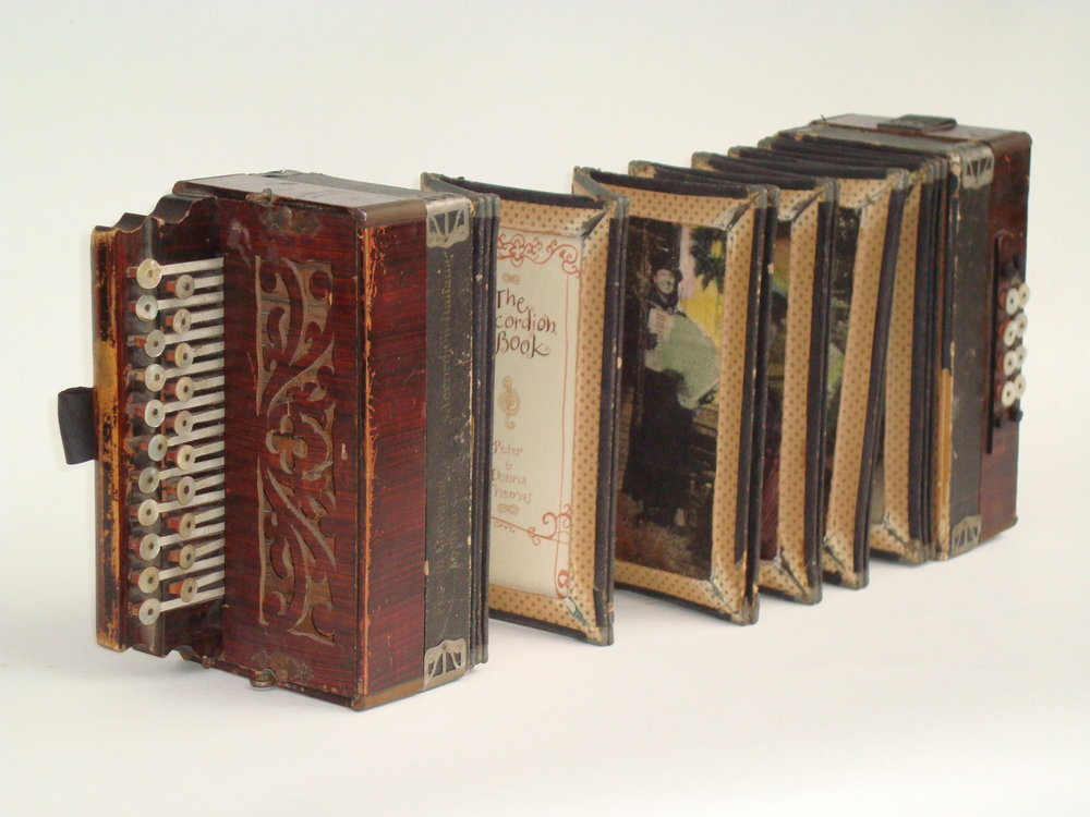Peter and Donna Thomas, The Accordion book, Accordion, Laser printed hand colored handmade paper, 2010