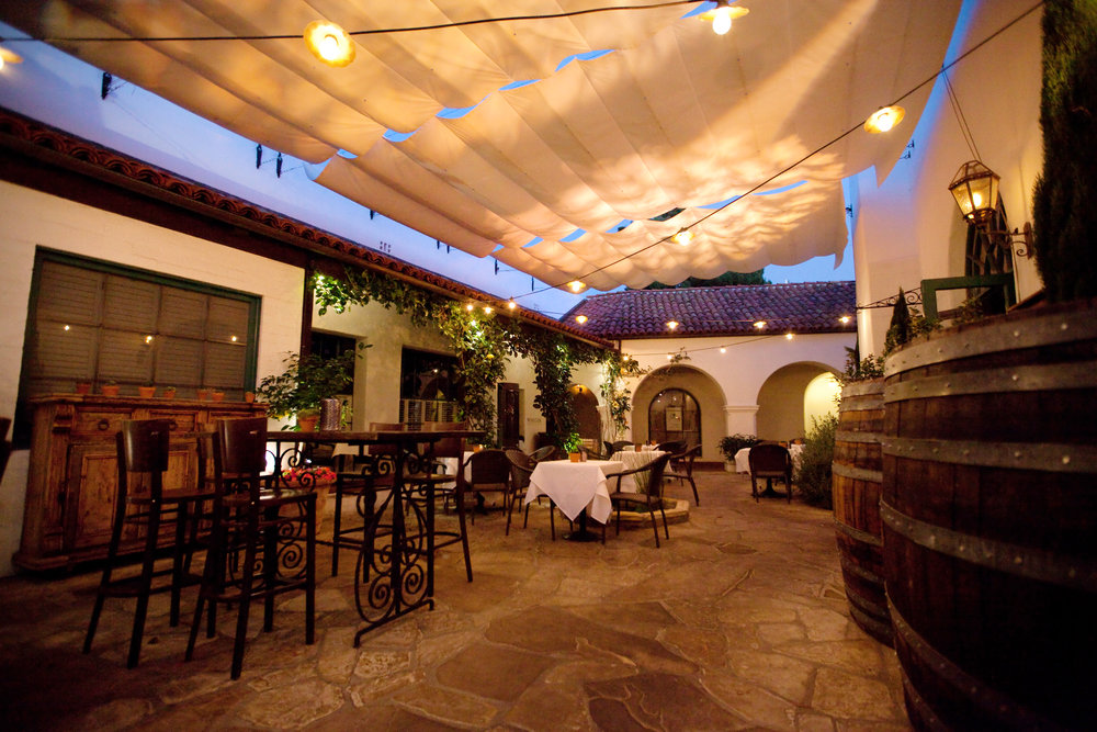 Courtyard007.jpg