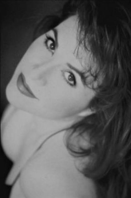 DEBBIE GRAVITTE </br>Tony Award Winning Actress