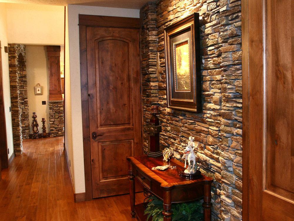 Central-Oregon-Stonework-Custom-Home-Builder.JPG