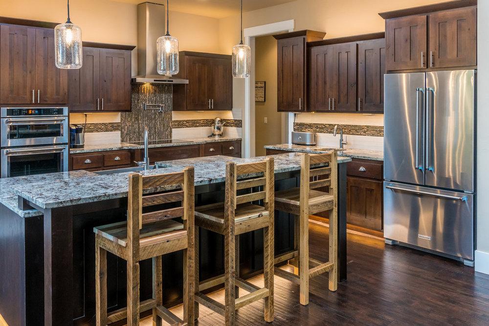 AllyBrooke-Custom-Homes-Kitchen-Marble-Bar-Stainless-Appliances.jpg