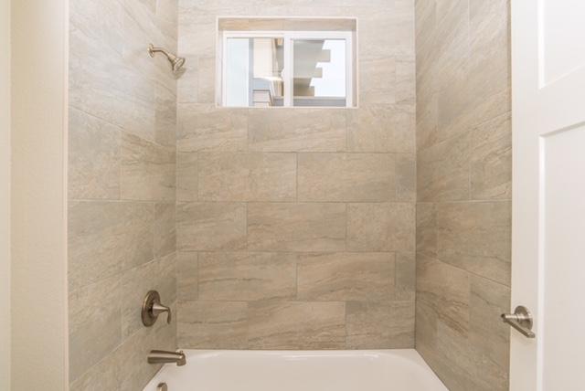 Custom-Home-Remodel-Bathroom-Central-Oregon-Shower.jpg