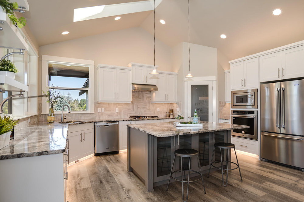 AllyBrooke-Homes-Home-Builder-Remodels-Bend-Oregon-Custom-Kitchen.jpg