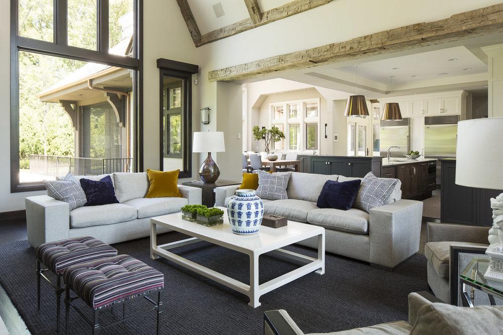 Modern Lodge -