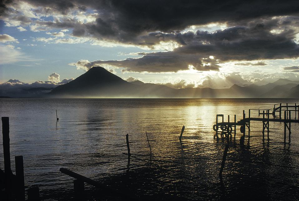22.Atitlan_sunset3.1.jpg