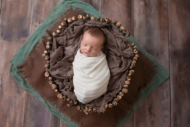 View More: http://meredithjunephoto.pass.us/hunt-newborn