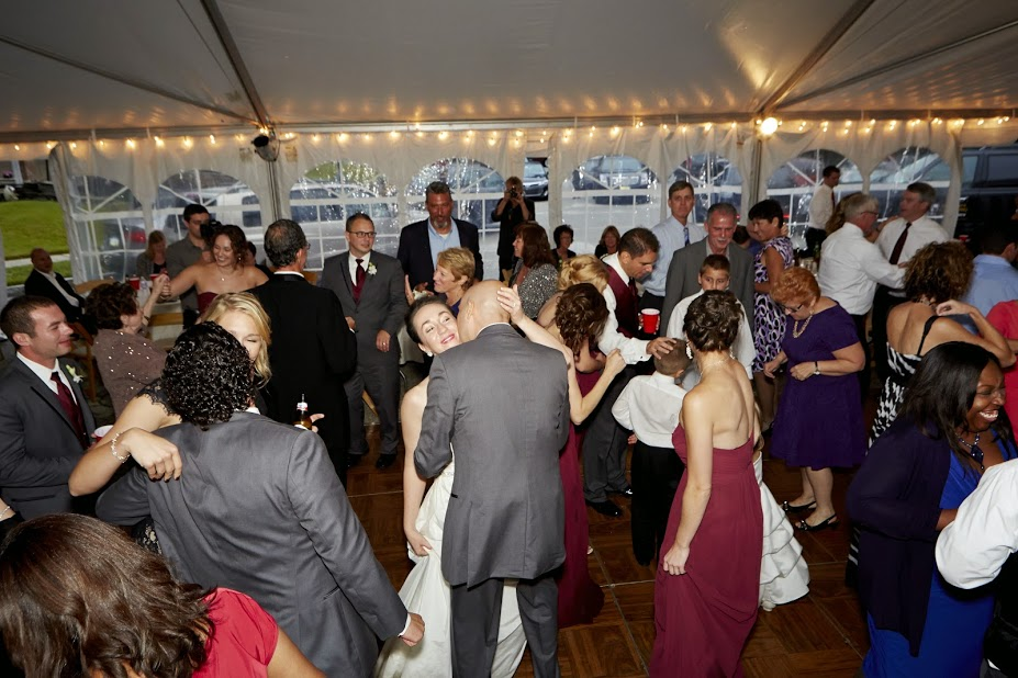 Sergio Wedding packed dance floor  2.jpg