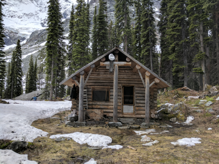 Glacier Circle Cabin. Photo by Nicole Larson.