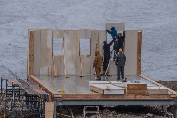 Titan Wall panels being installed by the pros from Mag Pro. Photo by Will Schmidt.