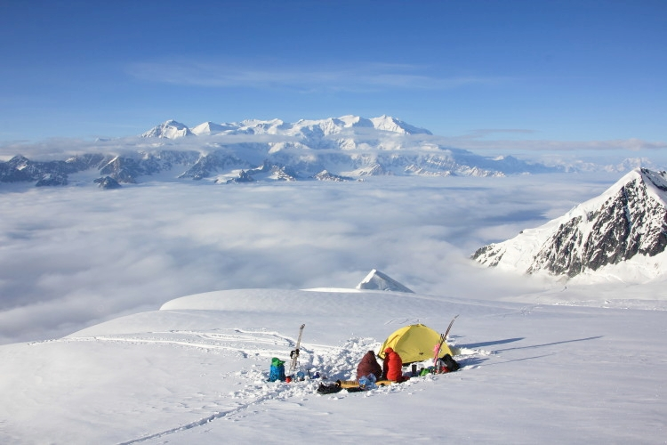 Campsite with a view of Mount Logan (5959m).