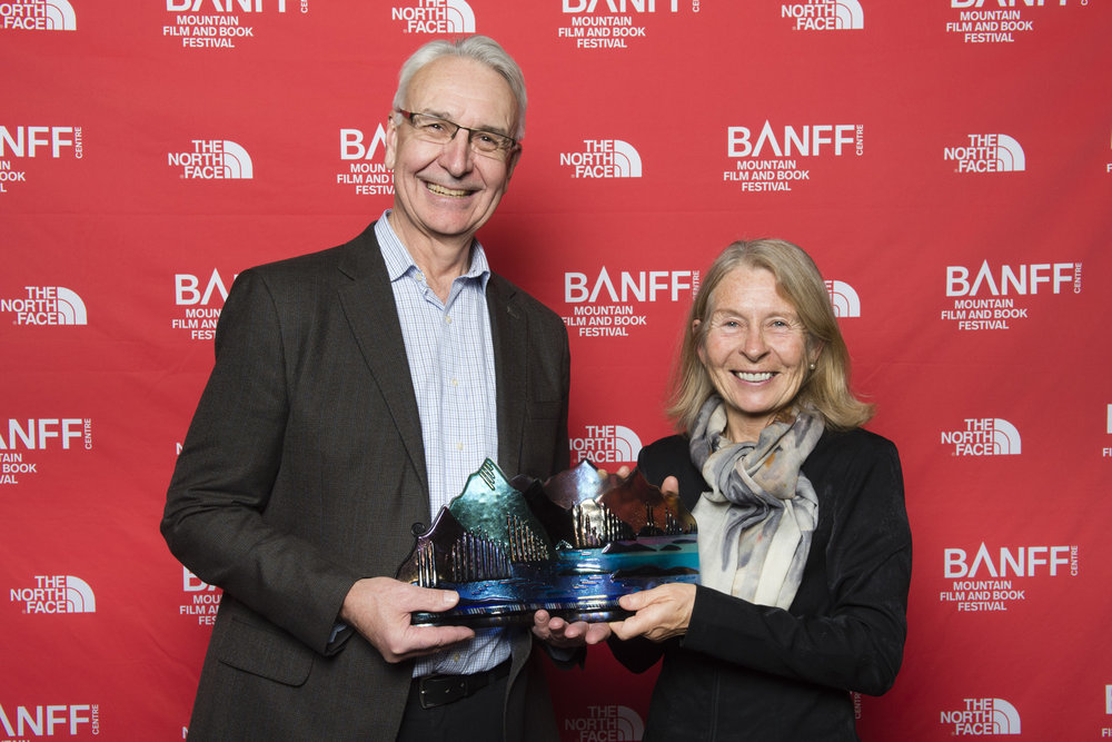 Bernadette McDonald receives the Jon Whyte Award for Mountain Literature at the 2017 Banff Mountain Film and Book Festival ©Banff Centre for Arts and Creativity.
