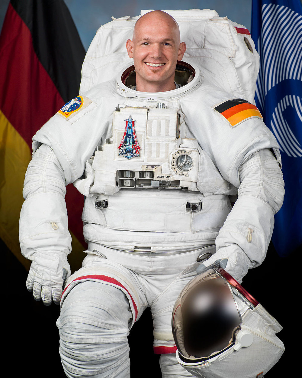 It isn't everyday you get a phone call from outer space! Alexander Gerst, the soon-to-be-first German Space Commander, called us up shortly after arriving at the International Space Station to find out what we were up to!