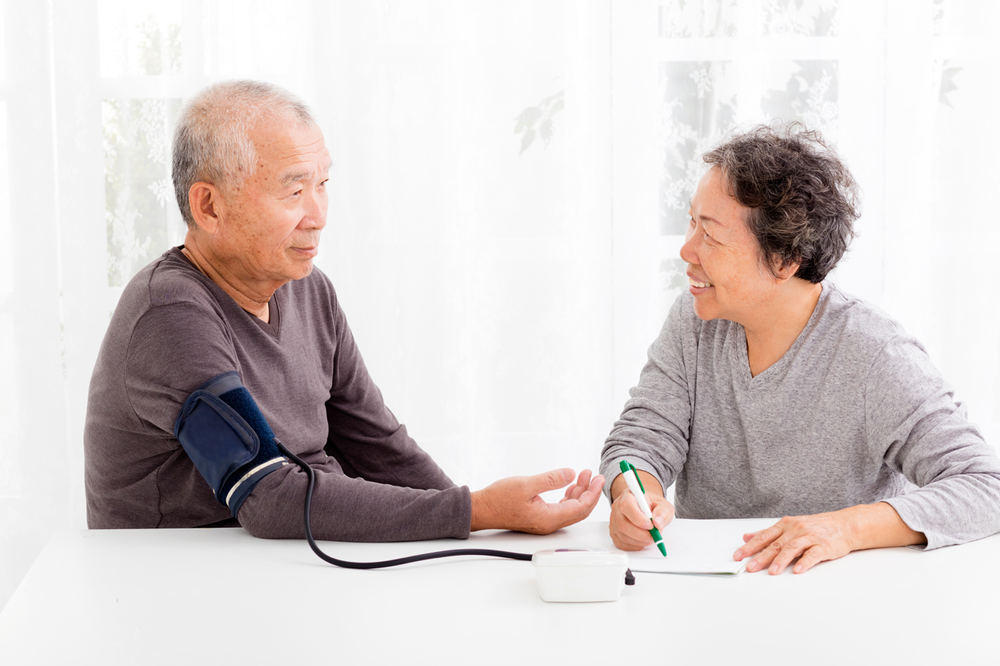 iStock-500186588-asian-couple-blood-pressure.png