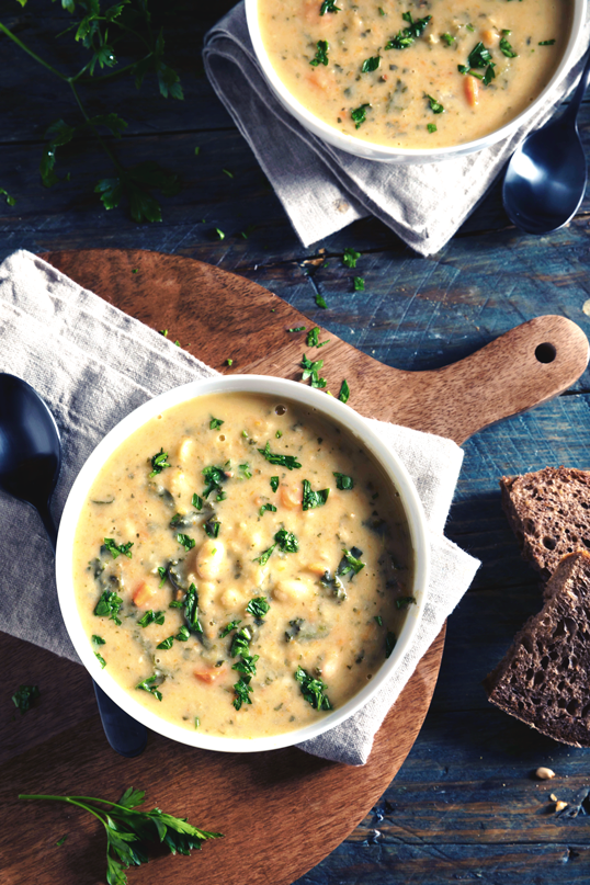 iStock-611187514-white-bean-soup.png