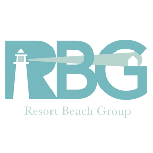 Elaine Davidson of Resort Beach Group with RE/MAX Advantage Realty