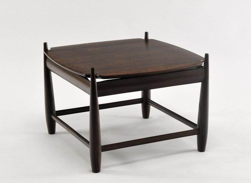 TABLE BASSE MOLE