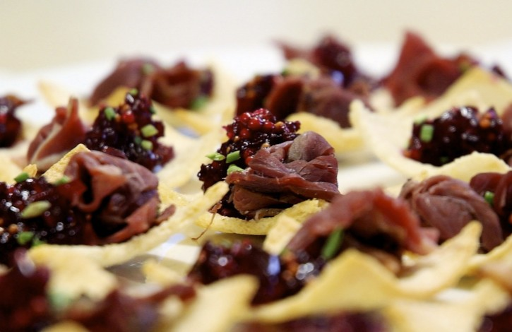 Kangaroo Prosciutto with Beetroot Chutney - Version 2.jpg