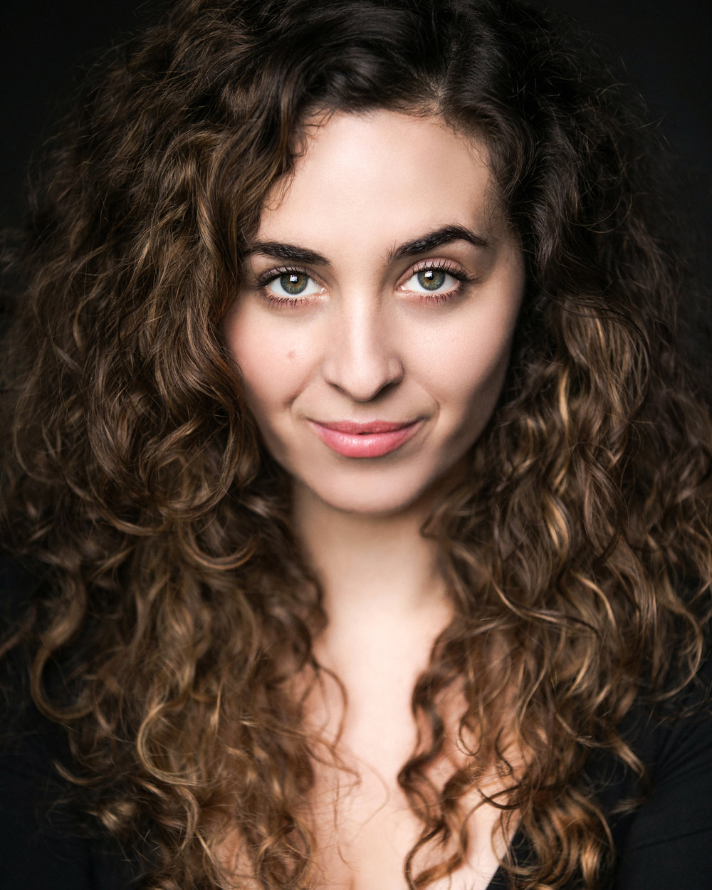 Afreen: Lara Sawalha