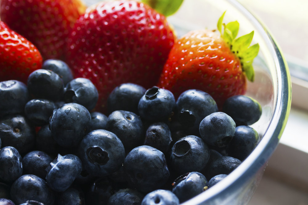 blueberry strawberry smoothie to get fit