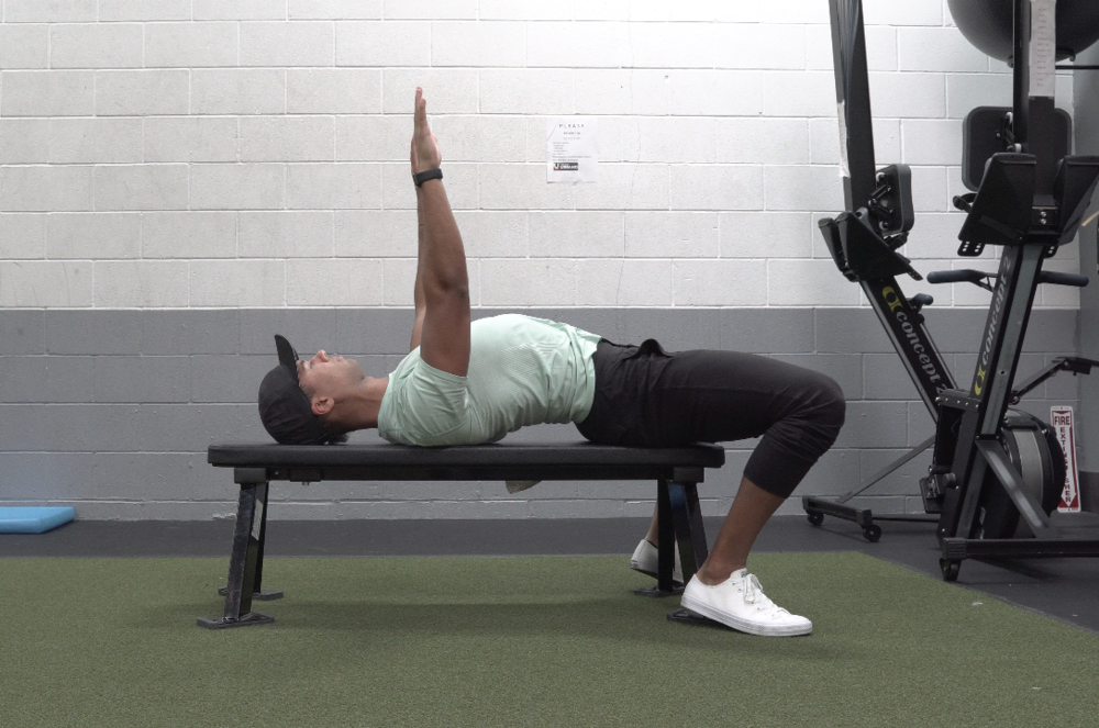 how to bench press for women back arch