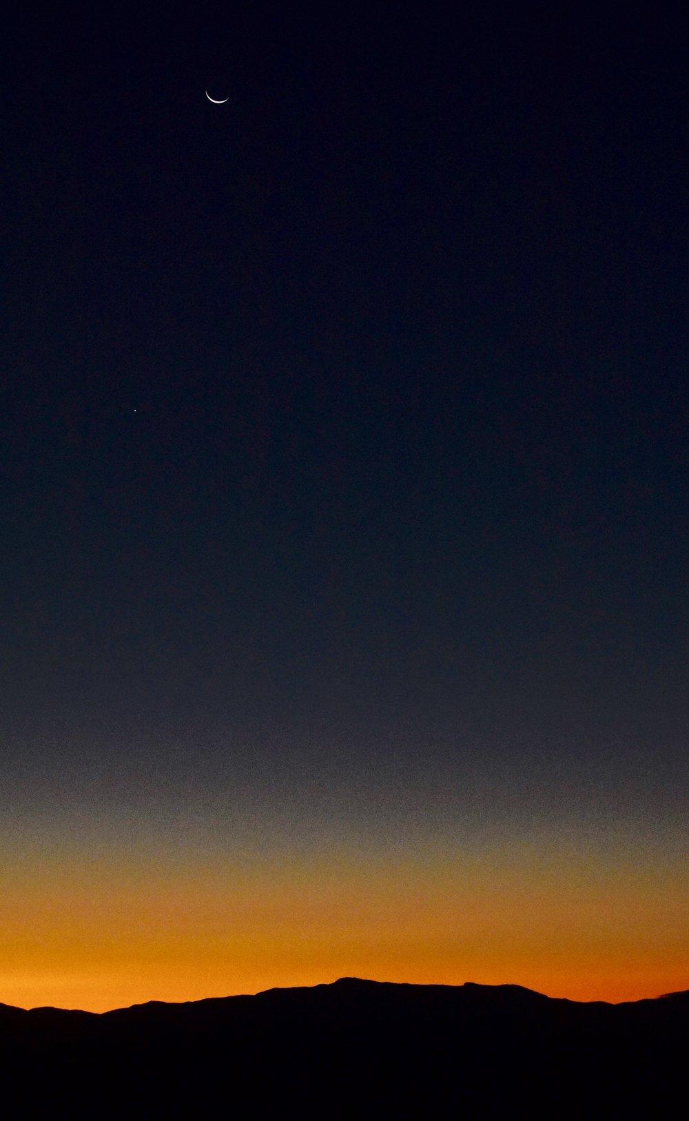 Crescent Moon over Mount Mansfield_1