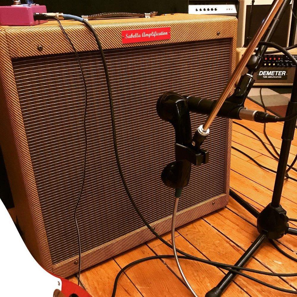 guitar-cab-trash-mic.jpg