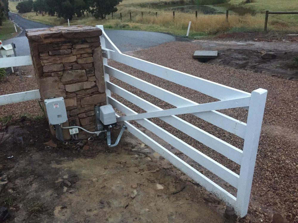 Gate Opener 3.jpg