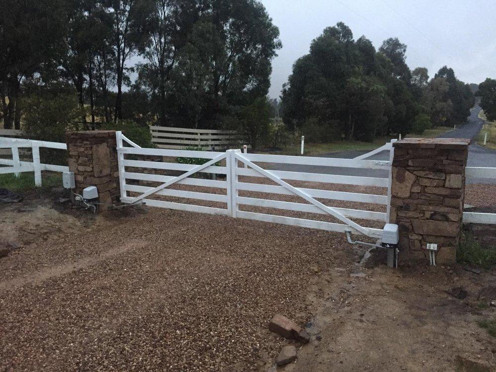Gate opener 4.jpg