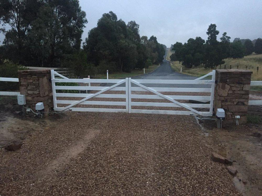 Gate opener 5.jpg