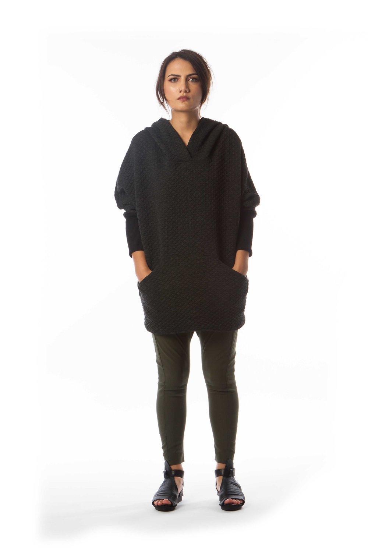 Komadori Sweater + Happi Pant