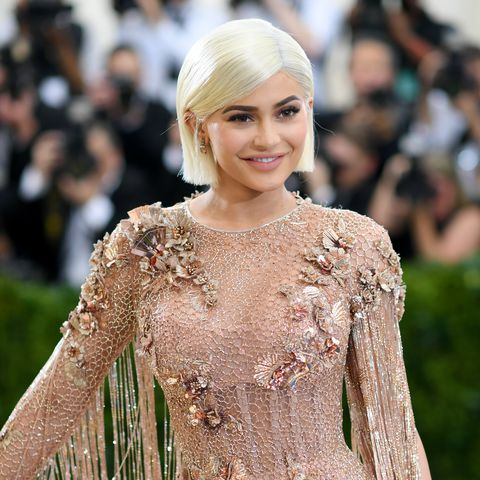 Youngest feamle billionaire - Kylie Jenner