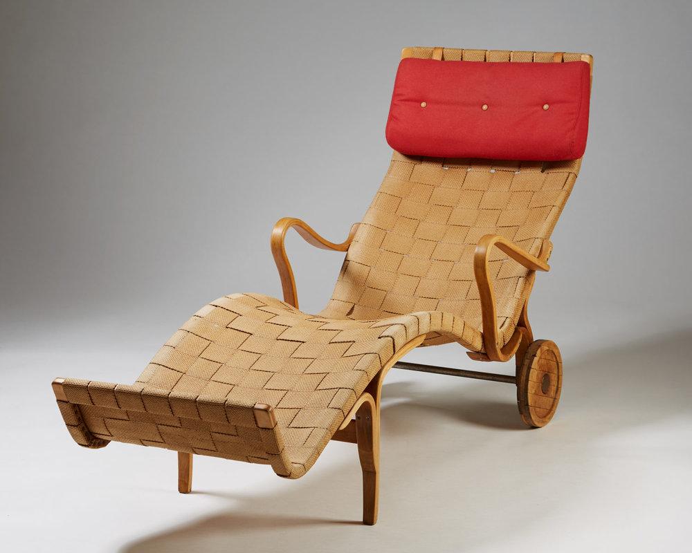 "Chaise longue ""Pernilla"" designed by Bruno Mathsson for Karl Mathsson,Sweden. 1944"