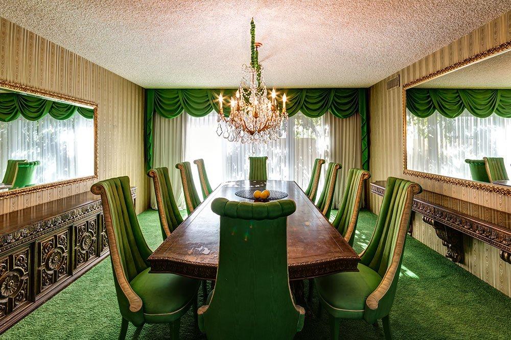 retro-green-dining-room.jpg