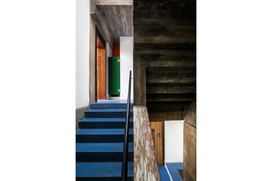 Housden House_101-South-Hill-Park-79-950x633.jpg